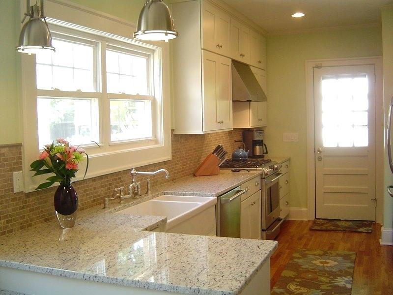 Off White Cabinets With Granite Countertops Off White Kitchen ...