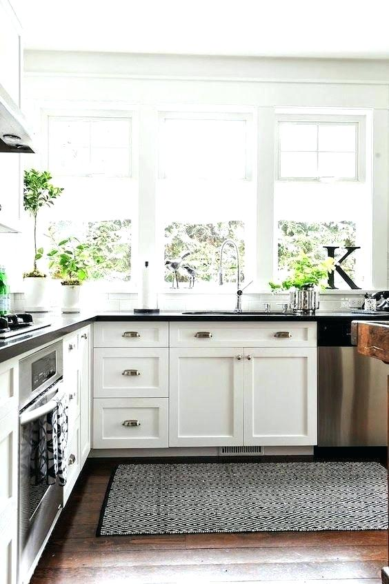 off white cabinets with granite countertops white kitchen cabinets with black granite off white kitchen cabinets with dark granite white white kitchen cabinets grey granite countertops