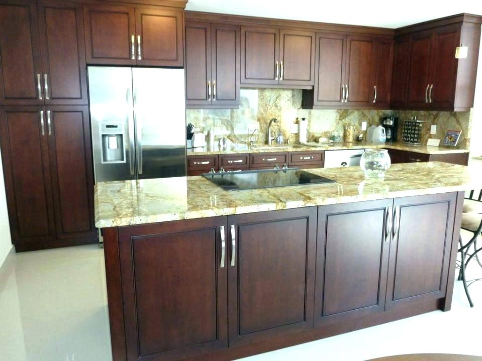 refacing thermofoil kitchen cabinets refacing kitchen cabinets painting kitchen cabinets can you paint thermofoil kitchen cabinets