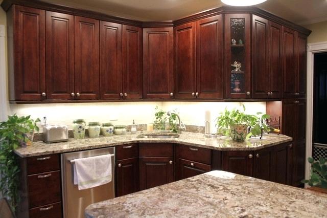 ultracraft cabinets raised maple traditional kitchen ultracraft cabinets customer service