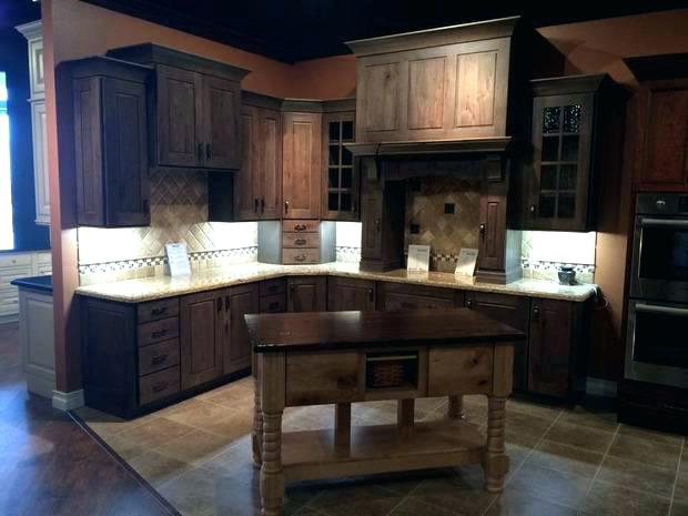wellborn cabinets reviews cabinets shaker kitchen with cabinets drift color cabinets in cabinets wellborn cabinets home concepts reviews