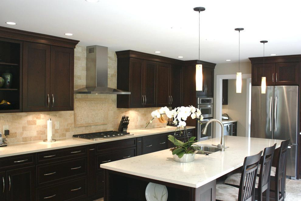 best backsplash for dark cabinets best kitchen ideas unique kitchen with dark cabinets white backsplash dark brown cabinets