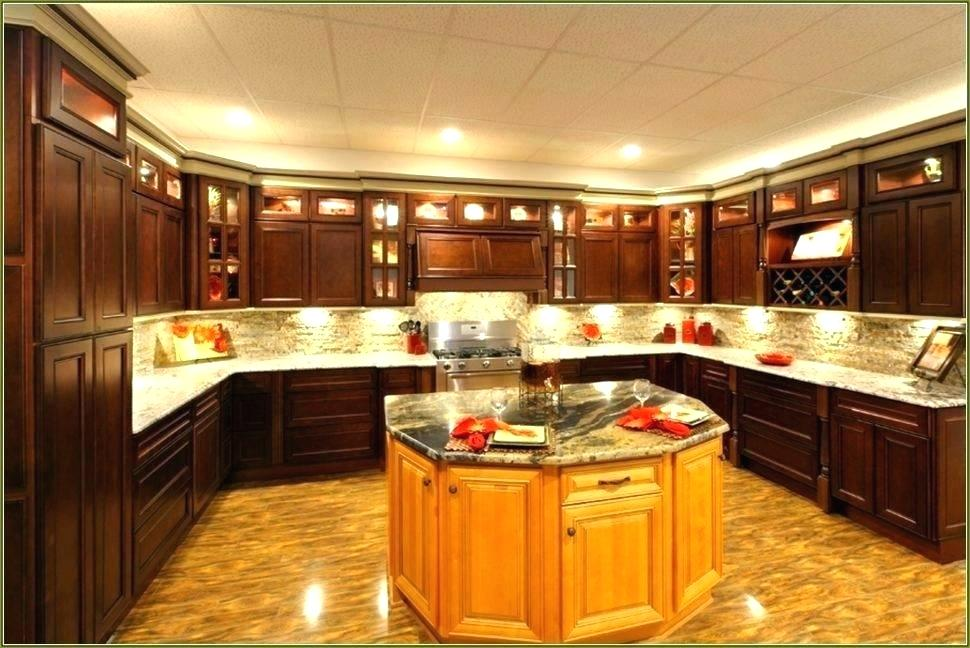 cabinet factory outlet omaha the cabinet factory kitchen cabinet